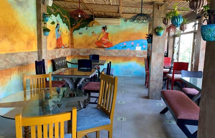 The Potbelly Rooftop Café, Shahpur Jat